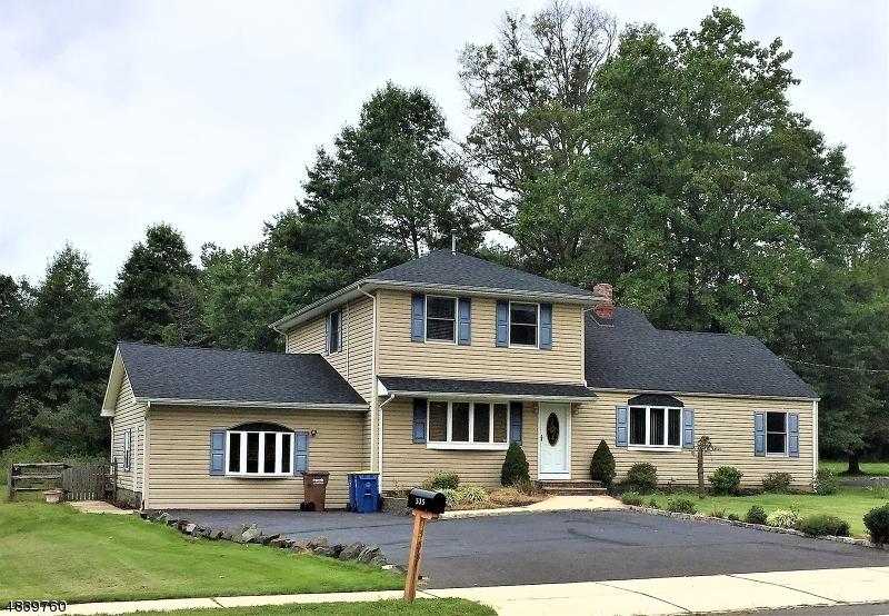 Maison unifamiliale pour l à louer à 535 Country Club Road Bridgewater, New Jersey 08807 États-Unis