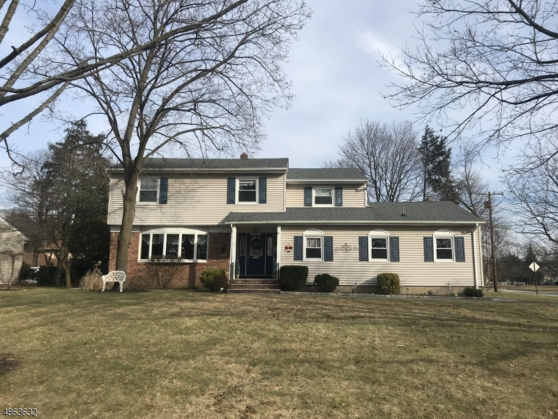 Single Family Home for Sale at 2 OSBORNE TER Pequannock, New Jersey 07444 United States