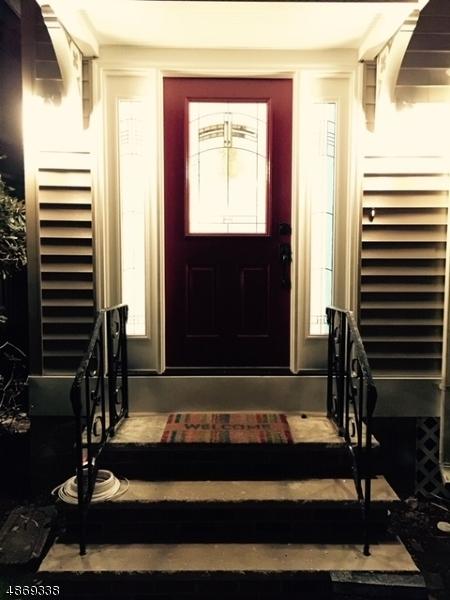Single Family Home for Sale at 146 ELM ST 146 ELM ST Elizabeth, New Jersey 07208 United States