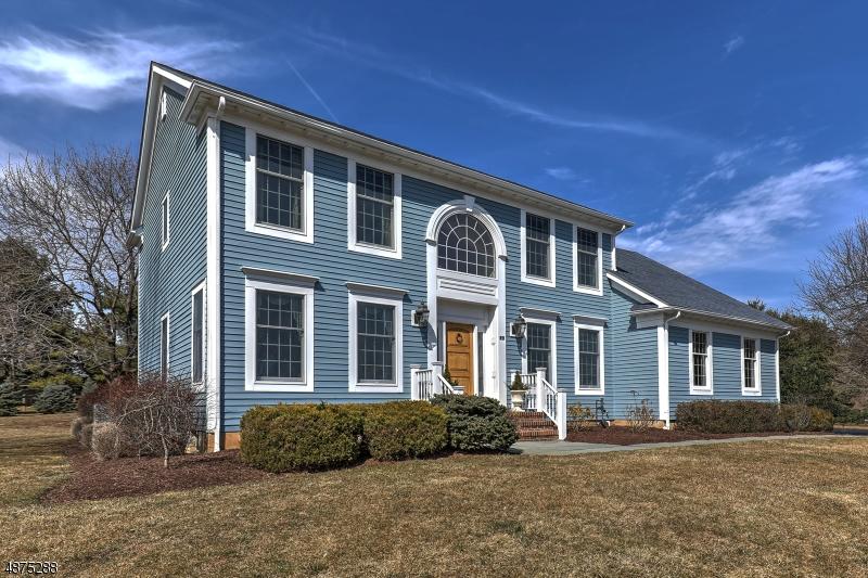 Villa per Vendita alle ore 2 HUNT Lane Peapack Gladstone, New Jersey 07934 Stati Uniti