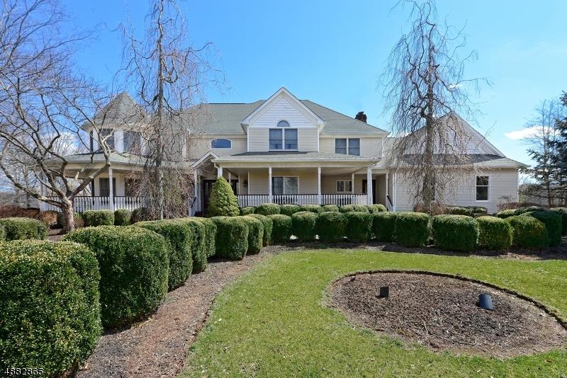 Частный односемейный дом для того Продажа на 5 SWACKHAMER Road Readington Township, Нью-Джерси 08889 Соединенные Штаты