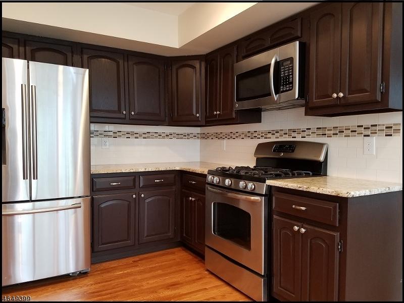 Property для того Аренда на 19 LOCKHAVEN Court Bedminster, Нью-Джерси 07921 Соединенные Штаты