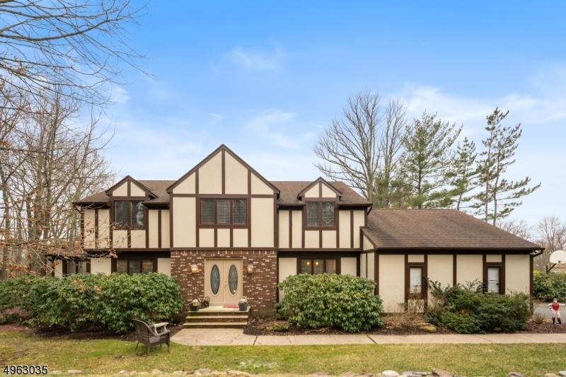 Single Family Homes vì Bán tại Hanover, New Jersey 07950 Hoa Kỳ