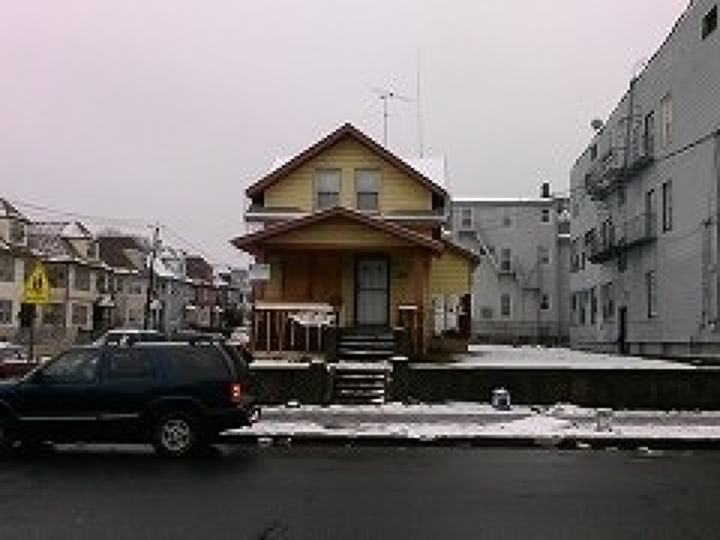 Additional photo for property listing at 474-476 10TH Avenue  Paterson, Нью-Джерси 07514 Соединенные Штаты