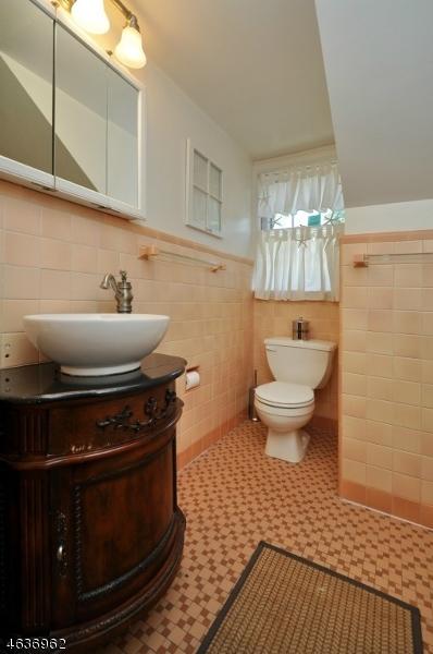 Additional photo for property listing at 36 Canterbury Lane  韦斯特菲尔德, 新泽西州 07090 美国