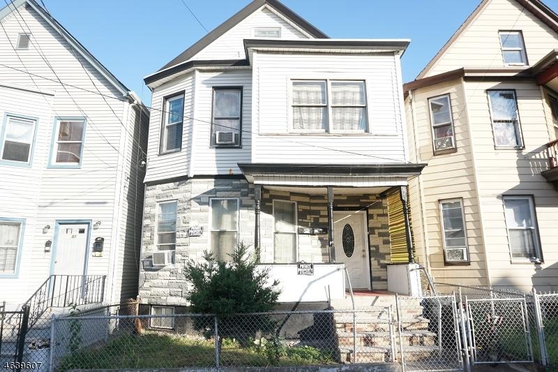 Casa Multifamiliar por un Venta en 53 Quincy Street Passaic, Nueva Jersey 07055 Estados Unidos