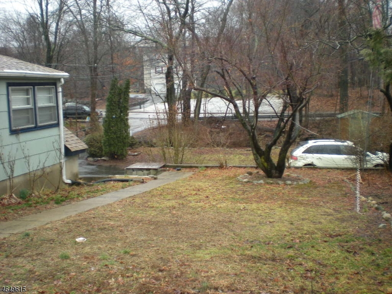 Additional photo for property listing at 164 Conklintown Road  Wanaque, New Jersey 07465 États-Unis