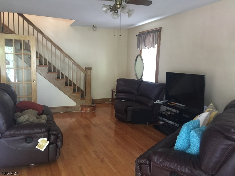 Additional photo for property listing at 331-333 ROSEHILL Place  Elizabeth, New Jersey 07202 United States