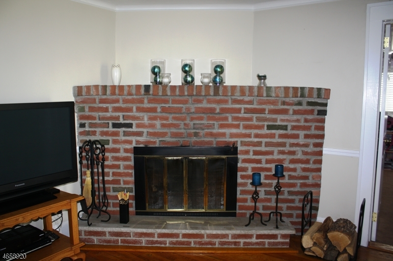 Additional photo for property listing at 32 Halsey Road  Parsippany, New Jersey 07054 États-Unis