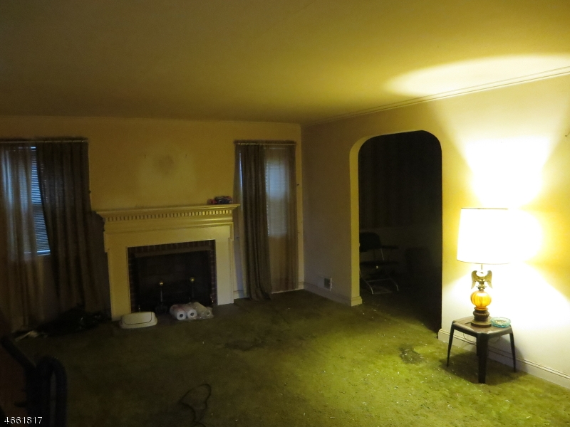 Additional photo for property listing at 39 Locust Grove Drive  Clark, New Jersey 07066 United States