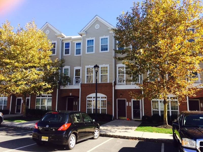 Maison unifamiliale pour l à louer à 715 Hero Way Belleville, New Jersey 07109 États-Unis