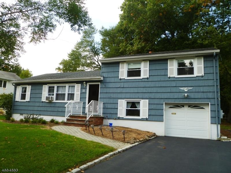 Casa Unifamiliar por un Alquiler en 11 Bonnyview Drive Livingston, Nueva Jersey 07039 Estados Unidos