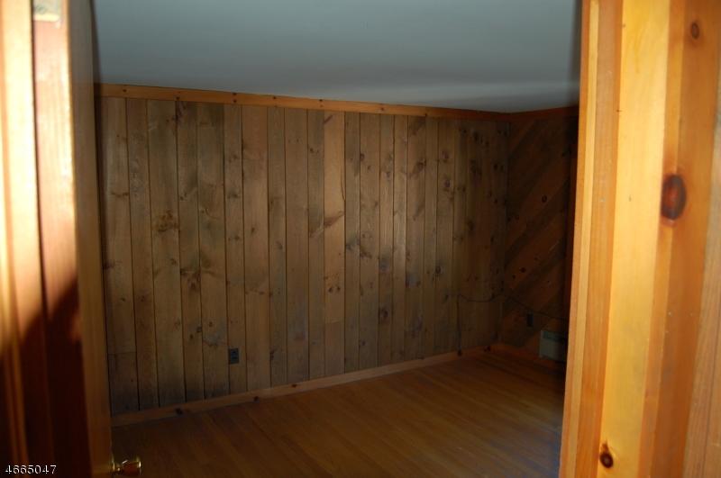 Additional photo for property listing at 141 Sheridan Avenue  Roselle Park, Нью-Джерси 07204 Соединенные Штаты