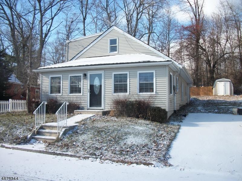独户住宅 为 出租 在 59 Lake Shore Drive 斯巴达, 新泽西州 07871 美国