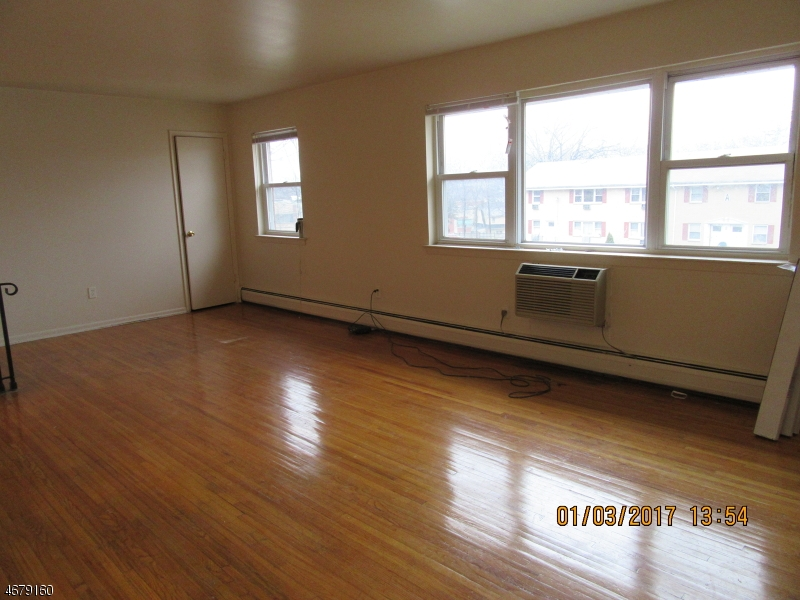 Single Family Home for Rent at 330 Franklin Avenue Rockaway, New Jersey 07866 United States