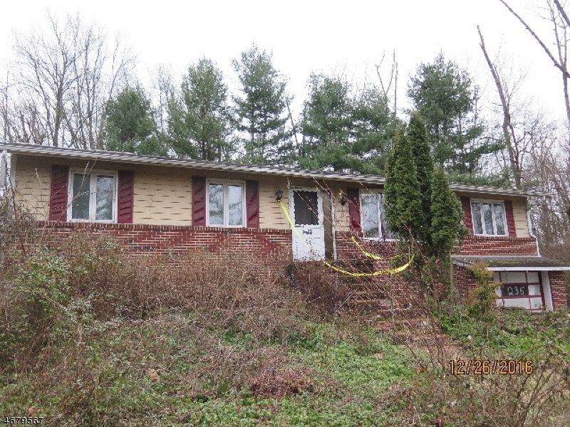 Single Family Home for Sale at 235 Mountain Road Ringoes, 08551 United States