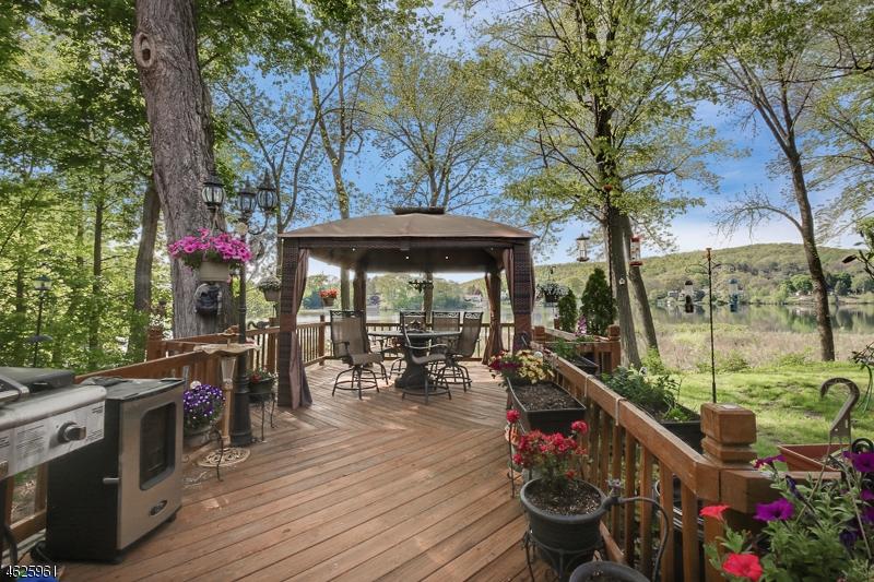 Maison unifamiliale pour l à louer à 643 Terhune Drive Wayne, New Jersey 07470 États-Unis