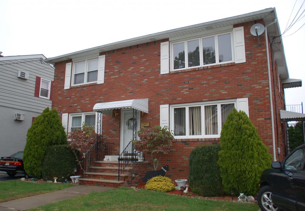 Maison unifamiliale pour l à louer à 50 Coney Road Little Falls, New Jersey 07424 États-Unis