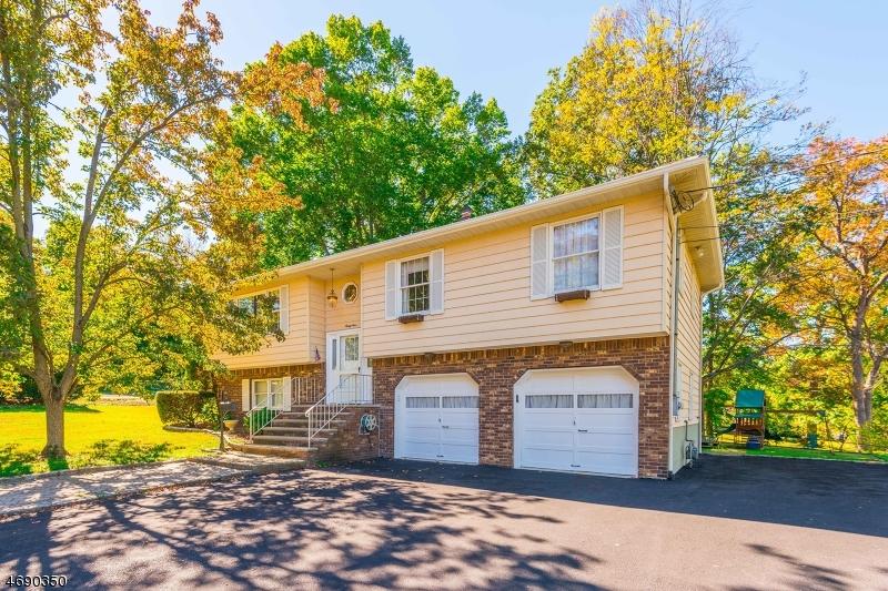 Частный односемейный дом для того Аренда на 34 Riverview Avenue Lincoln Park, Нью-Джерси 07035 Соединенные Штаты