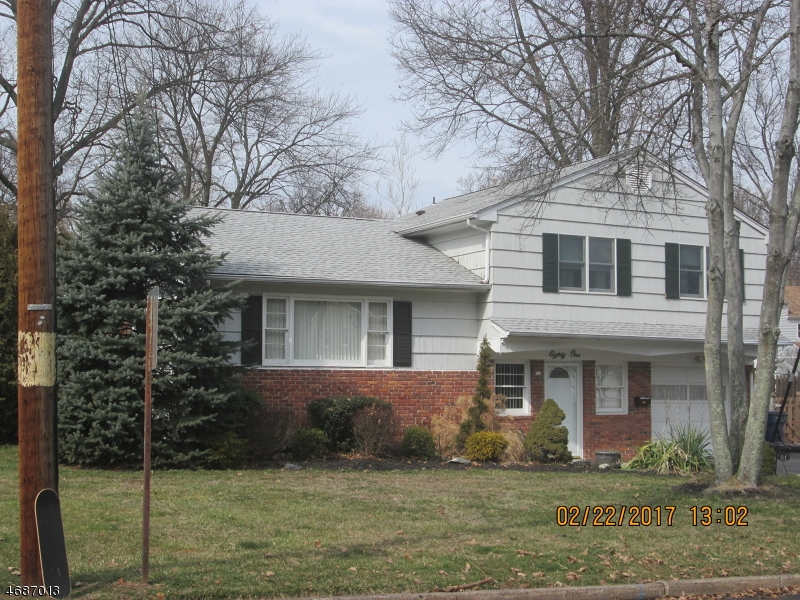 Single Family Home for Sale at 81 Shady Lane Fanwood, 07023 United States