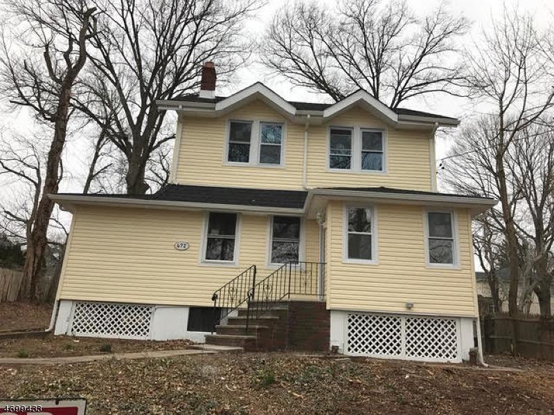 独户住宅 为 销售 在 472 Teaneck Road 蒂内克市, 07666 美国