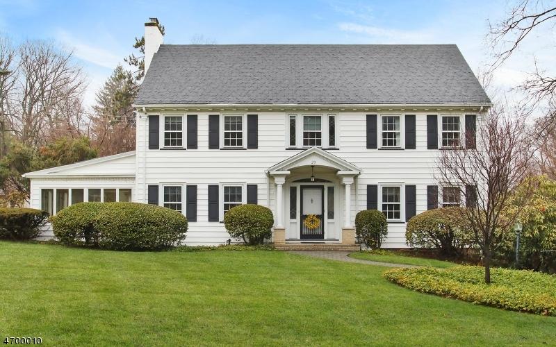 Casa Unifamiliar por un Venta en 20 Glen Road Verona, Nueva Jersey 07044 Estados Unidos