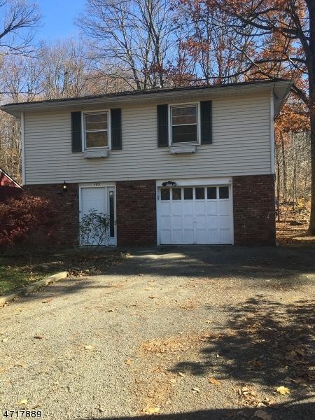 Maison unifamiliale pour l Vente à 103 E Shawnee Trail Wharton, New Jersey 07885 États-Unis