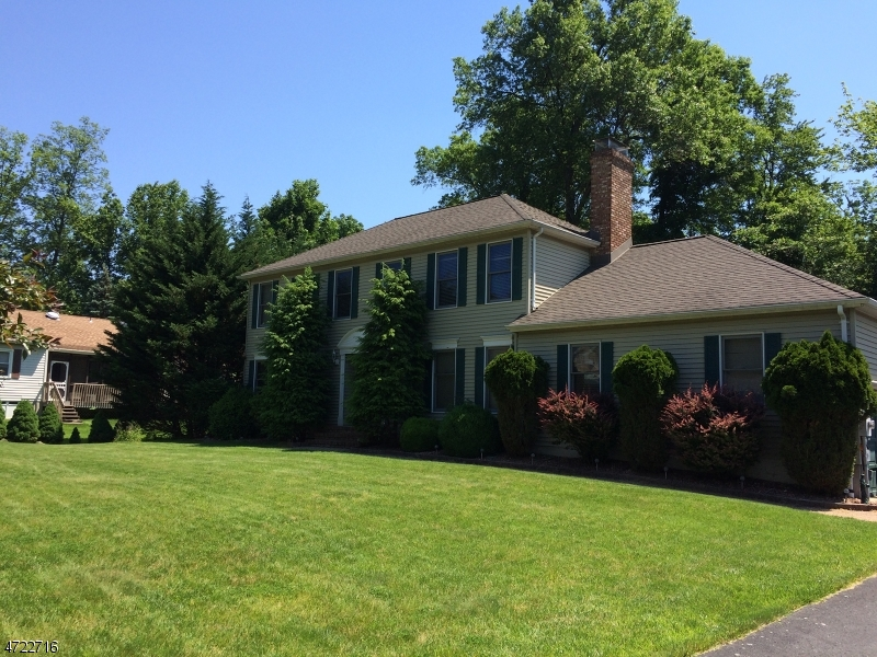 Single Family Home for Sale at 3 Castaby Way Mount Tabor, New Jersey 07878 United States