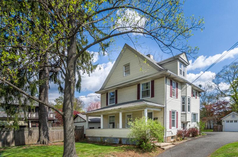 独户住宅 为 出租 在 50 Mount Airy Road 伯纳兹维尔, 新泽西州 07924 美国