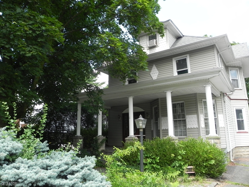 Casa Unifamiliar por un Venta en 260 Washington Avenue Westwood, Nueva Jersey 07675 Estados Unidos