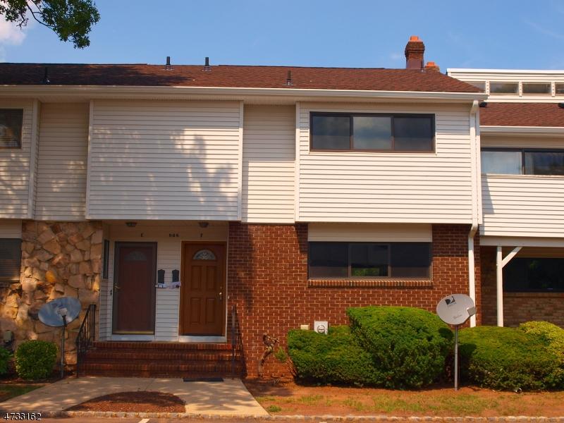 Частный односемейный дом для того Аренда на 908-F MERRITT DRIVE Hillsborough, Нью-Джерси 08844 Соединенные Штаты