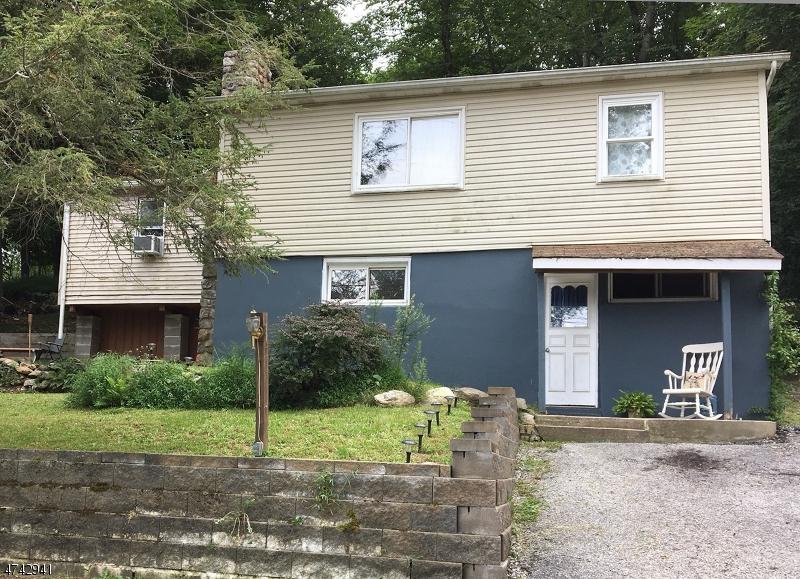 Einfamilienhaus für Verkauf beim 130 Hillside Drive Andover Township, New Jersey 07860 Vereinigte Staaten