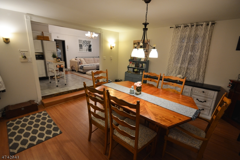 Einfamilienhaus für Verkauf beim 130 Hillside Drive 130 Hillside Drive Andover Township, New Jersey 07860 Vereinigte Staaten