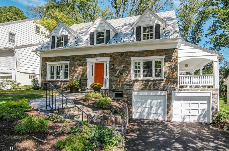Частный односемейный дом для того Продажа на 397 Thornden Street South Orange, Нью-Джерси 07079 Соединенные Штаты