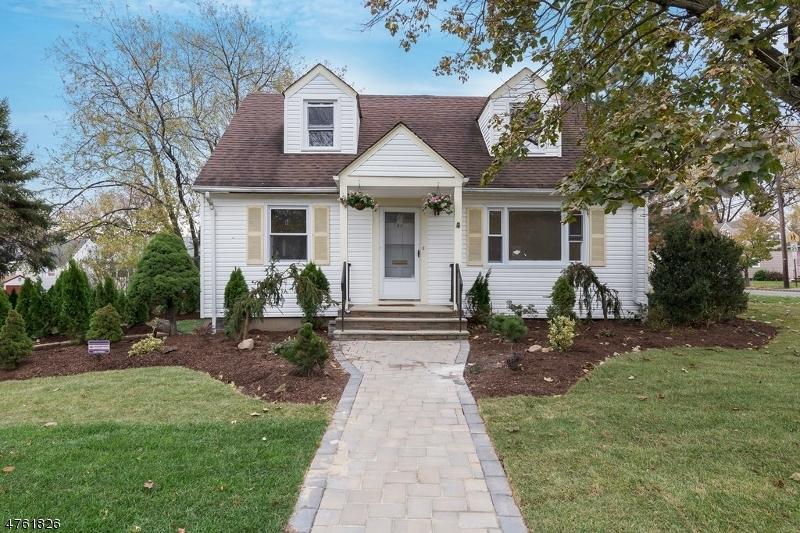 واحد منزل الأسرة للـ Sale في 40 Liberty Avenue 40 Liberty Avenue Belleville, New Jersey 07109 United States