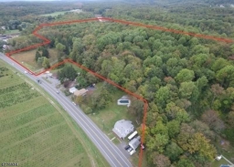 Μονοκατοικία για την Πώληση στο 408-412 State Hwy 206 408-412 State Hwy 206 Andover Township, Νιου Τζερσεϋ 07860 Ηνωμενεσ Πολιτειεσ
