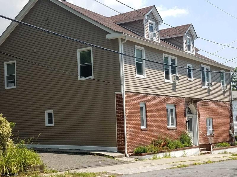 Casa Unifamiliar por un Alquiler en 93 HUGHES Street Maplewood, Nueva Jersey 07040 Estados Unidos