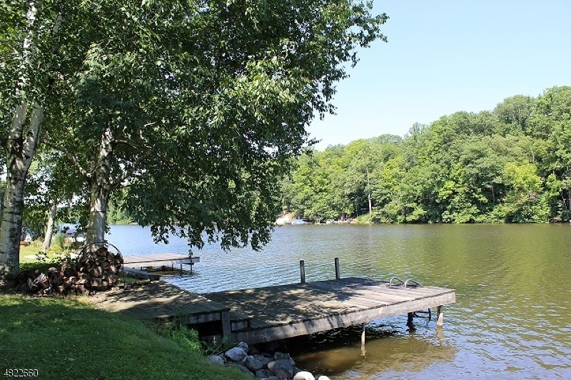 Additional photo for property listing at 927 S SHORE TER  Stillwater, 新澤西州 07860 美國