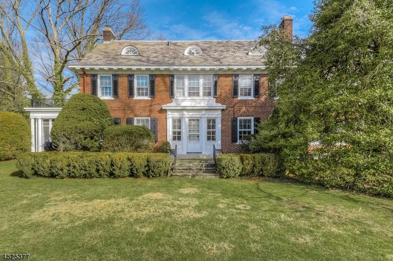 Maison unifamiliale pour l à louer à 28 PARSONAGE HILL Road Millburn, New Jersey 07078 États-Unis