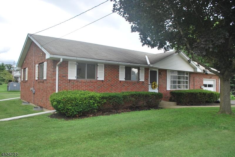 獨棟家庭住宅 為 出售 在 855 SIGSBEE Avenue Alpha, 新澤西州 08865 美國