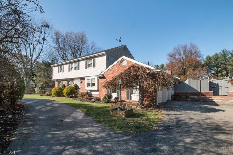 Single Family Home for Rent at 146 E MENDHAM RD 146 E MENDHAM RD Mendham, New Jersey 07945 United States