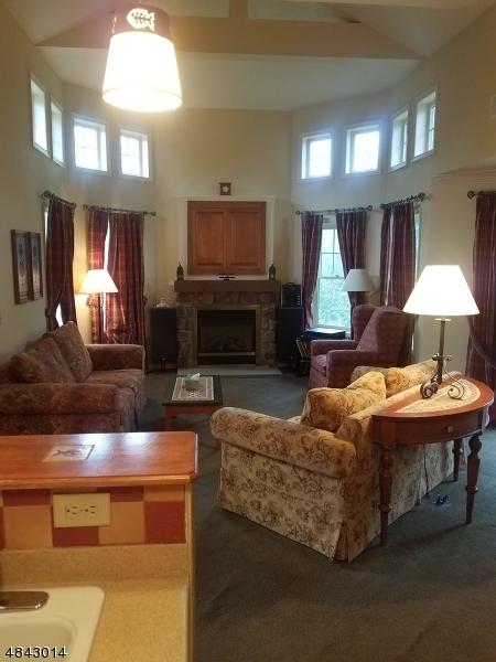 Кондо / дом для того Продажа на Vernon, Нью-Джерси 07462 Соединенные Штаты