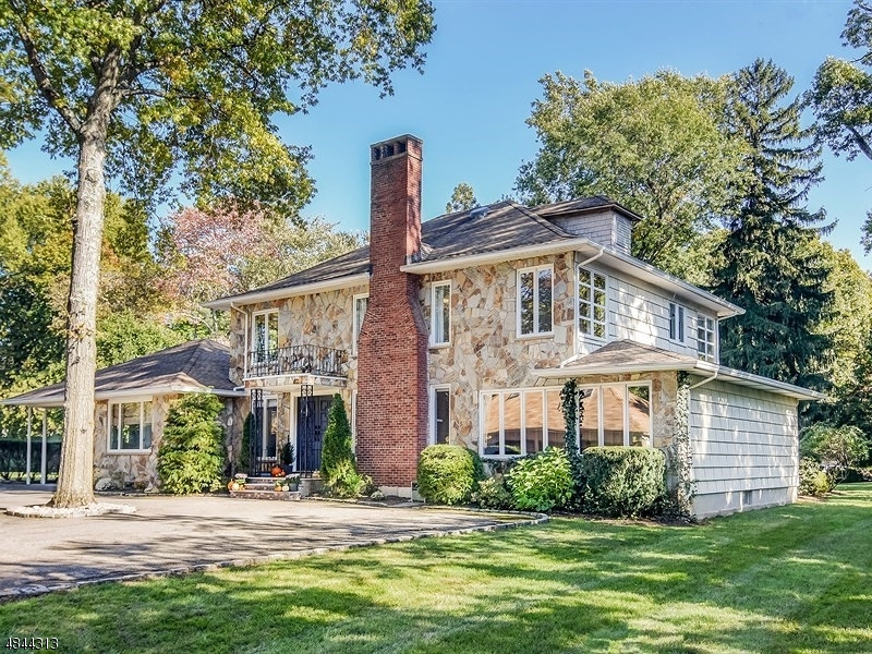 Single Family Home for Sale at 16 WELSH Road Essex Fells, New Jersey 07021 United States