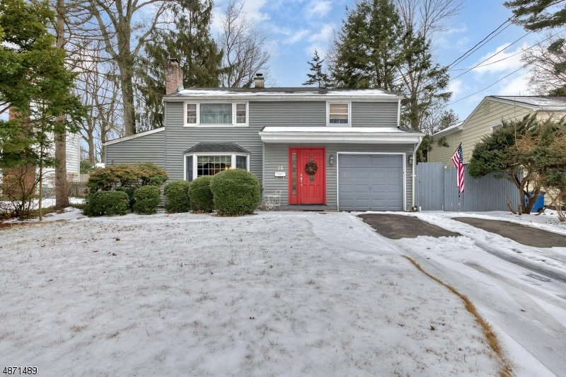 Single Family Home for Sale at 16 CAMPBELL Street Waldwick, New Jersey 07463 United States