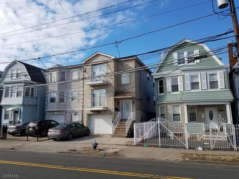 Multi-Family Homes para Venda às Irvington, Nova Jersey 07111 Estados Unidos