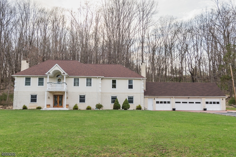 Single Family Home for Sale at 55 WINTERMUTE RD Green Township, New Jersey 07860 United States