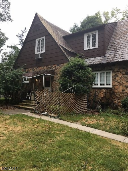 Additional photo for property listing at  Plainfield, New Jersey 07062 United States