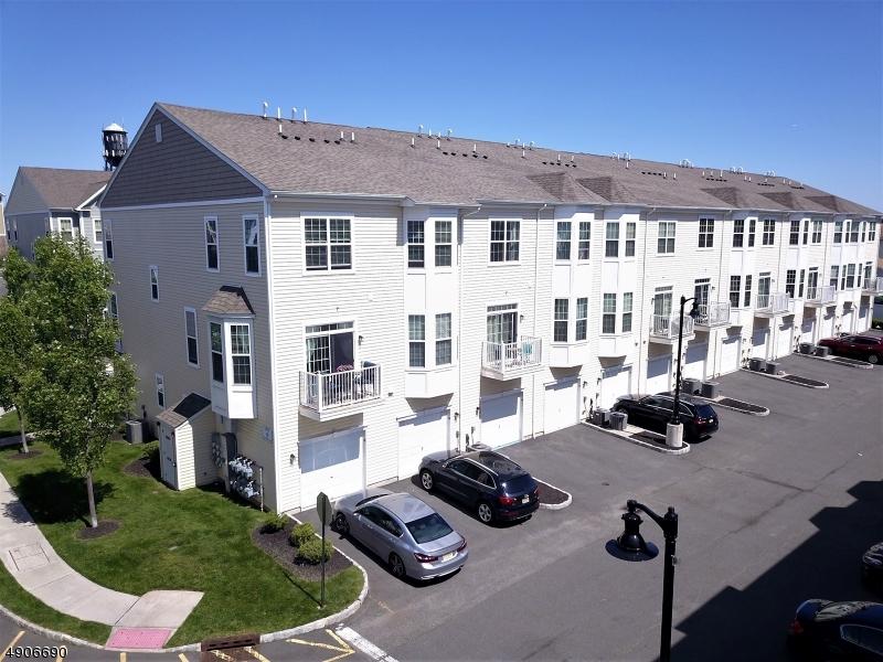Кондо / дом для того Продажа на Garfield, Нью-Джерси 07026 Соединенные Штаты
