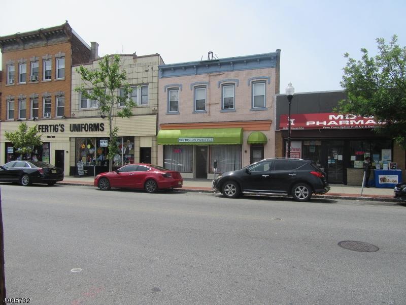 Commercial pour l Vente à Perth Amboy, New Jersey 08861 États-Unis