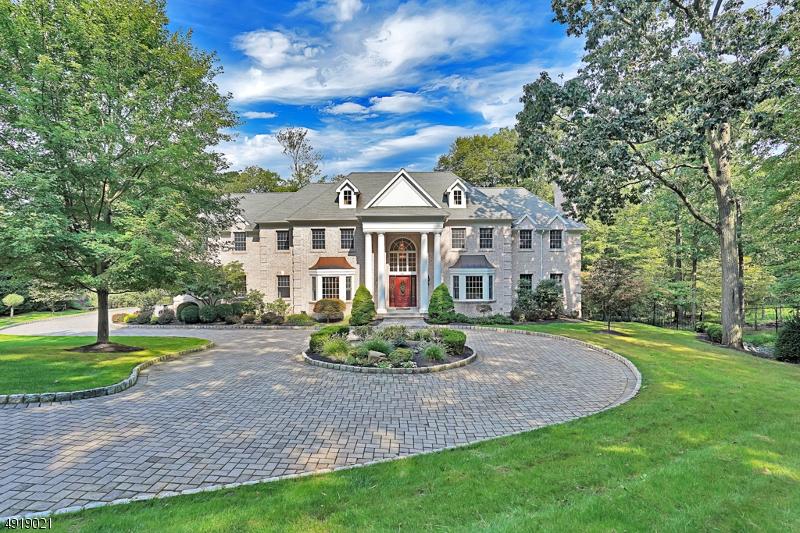 Single Family Homes 為 出售 在 Watchung, 新澤西州 07069 美國